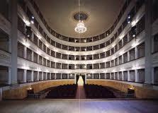 Biscioni e Pieraccini interrogano il sindaco : Con quale logica il teatro Pacini riapre con uno spettacolo a pagamento nella giornata dei Teatri Aperti ?