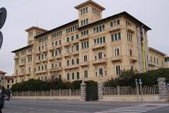 Grand Hotel Royal di Viareggio  Arrivano gli inglesi, nonostante la brexit