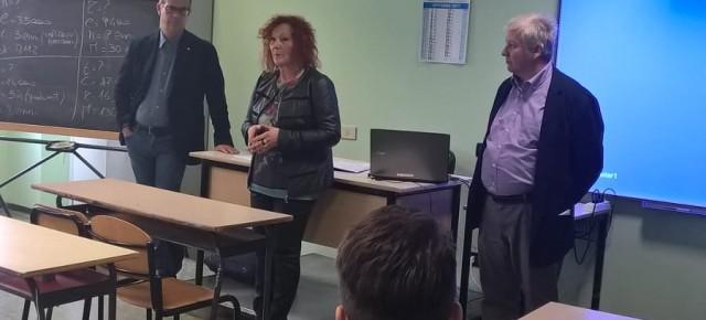 """Inaugurazione all'Istituto """"Marchi-Forti"""" delle Lim acquistate con il contributo della Fondazione Caript"""
