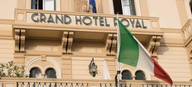 AL VIA LA NUOVA STAGIONE DEL GRAND HOTEL ROYAL DI VIAREGGIO Pronti per un altro anno ricco di soddisfazioni!