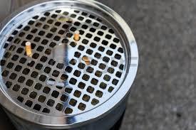 Parte da Pescia un progetto pilota di Alia per la pulizia dai mozziconi di sigaretta. Verranno installati 50 posacenere in centro.