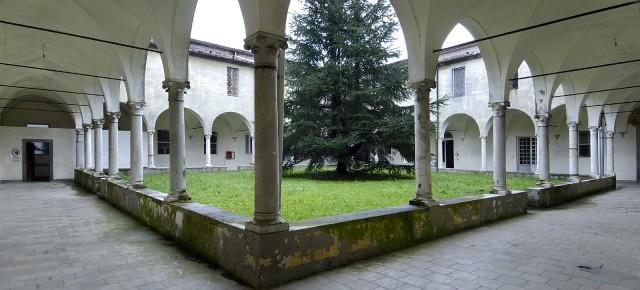 Workshop fotografico negli ambienti dell'ex Ospedale Psichiatrico di Maggiano con il fotografo Sergio Fortuna