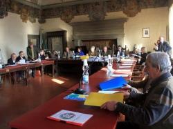 Pescia I sei consiglieri di Minoranza presentano una mozione per impegnare la Giunta Municipale a costituirsi  parte civile nel procedimento penale a carico del sindaco.