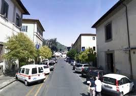 Da giovedi nuova segnaletica stradale in via Cesare Battisti a Pescia  Divieto di sosta per tre giorni e qualche disagio possibile