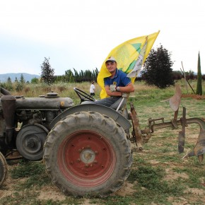 Sabato 29 giugno : Festa del Grano a Badia a Pacciana Dalla coltratura del terreno alla molitura. E poi il laboratorio del formaggio a latte crudo E per finire cena nel meraviglioso Chiostro dell'Abbazia Benedettina