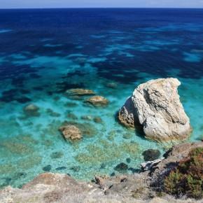 """ISOLA D'ELBA: 10 COSE DA FARE PER RENDERE UNICA LA TUA ESPERIENZA NELLA META PIÙ DESIDERATA DAGLI ITALIANI (E NON SOLO…)  Al top delle classifiche di TripAdvisor e di HomeToGo come meta italiana più ambita,  l'Isola d'Elba offre molto di più di """"mare cristallino e natura incontaminata"""""""