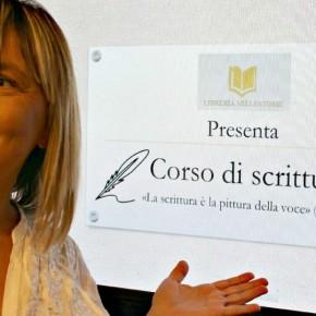 BAGNO LIDO RAGAZZI  Venerdì 9 agosto alle 18 – Bagno Lido, Lido di Camaiore      Stage di scrittura creativa per ragazzi. Età dai 10 anni in su.  Con LAURA ORSOLINI.