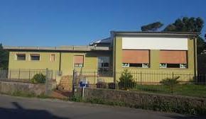 """Partiranno a breve gli interventi alla scuola materna di Cardino     Investimento da 286mila euro, forte contributo regionale     Giurlani e Morelli """"Le scuole e la sicurezza di studenti e operatori sono nostre priorità"""""""