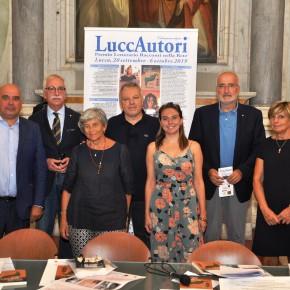XXV FESTIVAL LUCCAUTORI   Lucca, 20 SETTEMBRE - 6 OTTOBRE 2019  25 anni di LuccAutori e 18 di  Racconti nella Rete