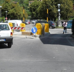 Consigliere Oliviero Franceschi Oliviero (Lega) ''Come mai questo silenzio sulla vicenda dei parcheggi a Pescia?''