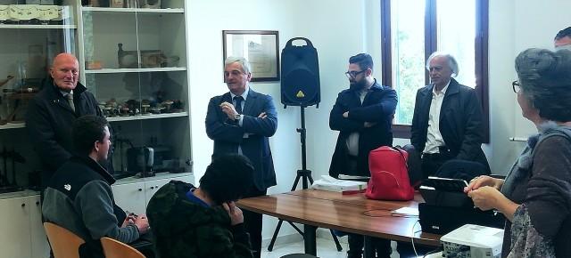 Il presidente nazionale dei periti agrari Mario Braga a Pescia per gli esami di abilitazione .