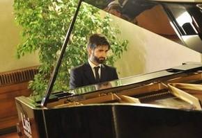 Pescia domenica 17 novembre. InCanti Musicali 2019 Pianista Giuseppe Santucci.