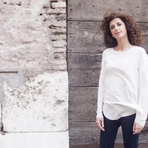 """Pescia Teatro Pacini domenica 24 novembre. """"Sento la Terra girare"""" con Teresa Mannino apre la stagione di prosa."""