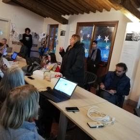 """L'informatica alla portata di tutti : grande successo a Pescia  Grossi """" il corso verrà riproposto per la sua valenza sociale"""""""