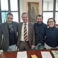 Comitato Carnevale di Veneri e Il Sorriso di Elisabetta donano presidi di protezione e saturimetri per l'emergenza conoravirus