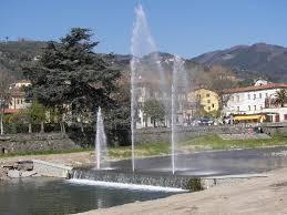 """Pescia riparte, riaccese le fontane del parco fluviale     Giurlani """" Un segnale di ottimismo in un momento difficile"""""""