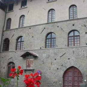 """Il comune di Pescia riapre il museo storico del Palagio           Guidi """"Il nostro impegno sul turismo è assoluto, il Pd non conosce nemmeno le decisioni regionali in merito"""""""