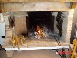 Comune di Pescia. Ordinanza divieto utilizzo caminetti aperti/stufe tradizionali per riscaldamento domestico  (Se questi non sono l'unica fonte di riscaldamento dell'abitazione)