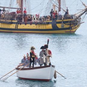 L'alzabandiera dà il via all'anno di festeggiamenti per il Bicentenario di Napoleone all'Isola d'Elba