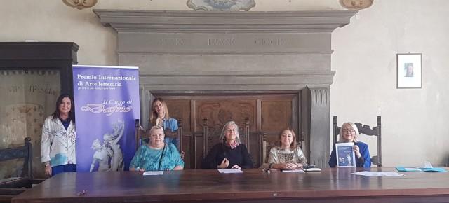 """Prorogati al 30 ottobre i termini per presentare le opere che a fine novembre concorreranno al  Premio Internazione di Arte Letteraria """"Il Canto di Dafne"""" sul tema della violenza di genere."""